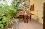 Magnolia, 2 bedroom, Rue Malonat